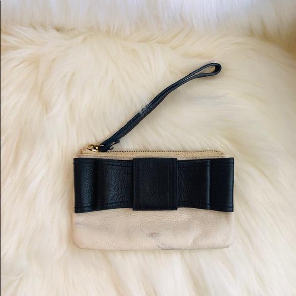 kate spade Handbags - 🦋SALE🦋 Kate Spade bow wristlet